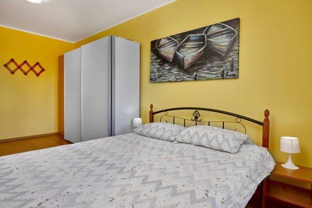 Schlafzimmer 1 - Bild 2  - Objekt 225602-10