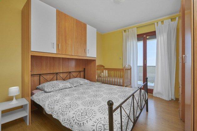 Schlafzimmer 2 - Bild 1 - Objekt 225602-10