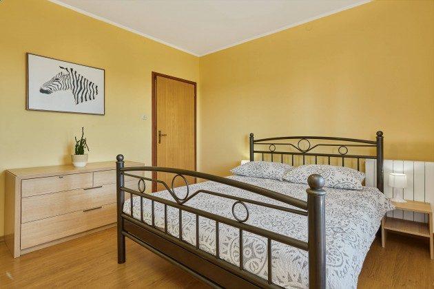 Schlafzimmer 3 - Bild 2 - Objekt 225602-10