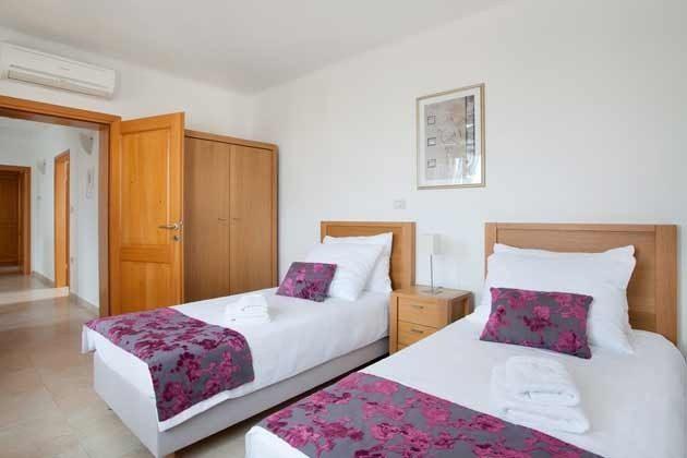 Schlafzimmer 3 von 4 - Objekt 138493-13