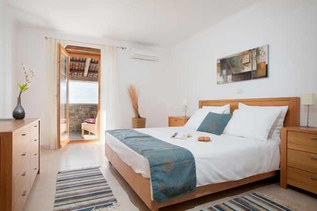 Schlafzimmer 1 von 4 - Objekt 138493-13