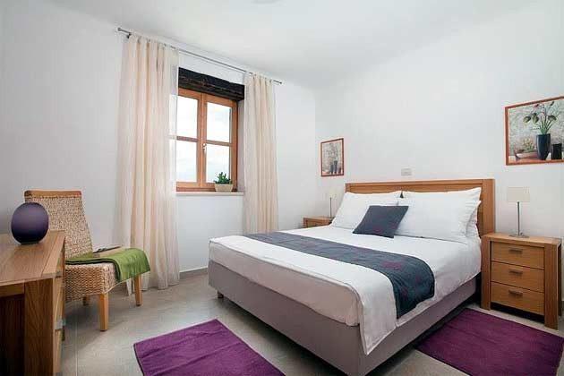 Schlafzimmer 2 von 4 - Objekt 138493-17