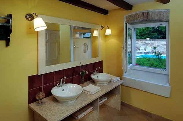 Badezimmer im Erdgeschoss - Objekt 138493-3