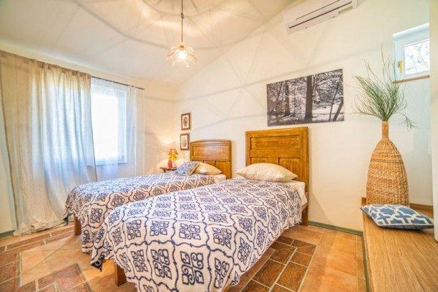 Schlafzimmer 1 - Bild 2 - Objekt 138493-4