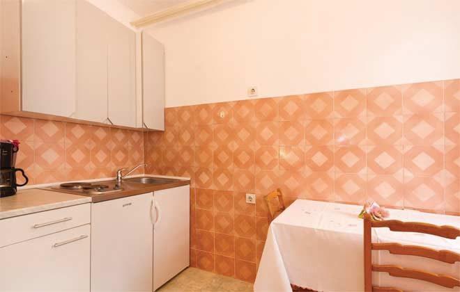 A1 Küchenbereich Bild 2 - Objekt 160284-102