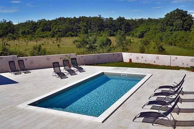 der Pool mit Blick ins Grüne- Objekt 160284-106
