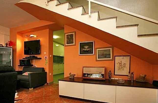 Treppe ins Obergeschoss - Objekt 160284-127