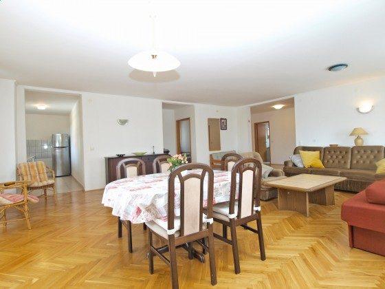 FW1 Essplatz im Wohnzimmer - Objekt 160284-239