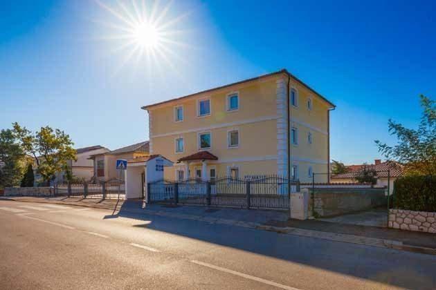 das Apartmenthaus Straßenseite - Bild 2