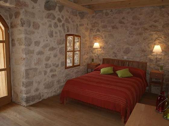 Schlafzimmer 1 von 3 - Bild 2- Objekt 161462-1