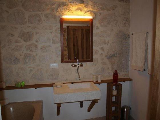 Badezimmer 2 von 3 - Bild 2- Objekt 161462-1