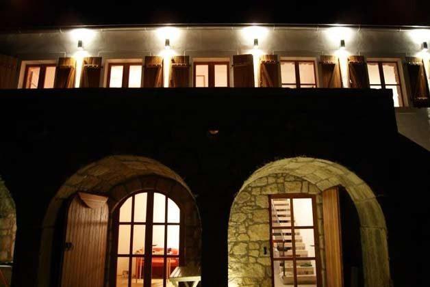 Hausfront im Abendlicht - Bild 2 - Objekt 161462-1