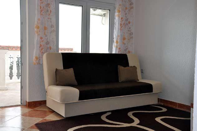 Schlafcouch im Wohnraum - Objekt 165117-2