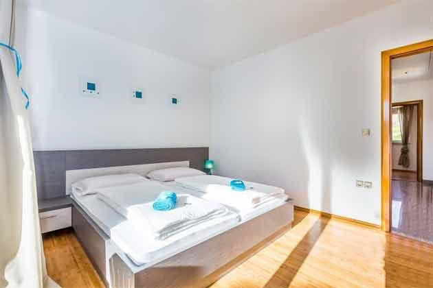 Schlafzimmer 1  - Bild 1 - Objekt 165117-6