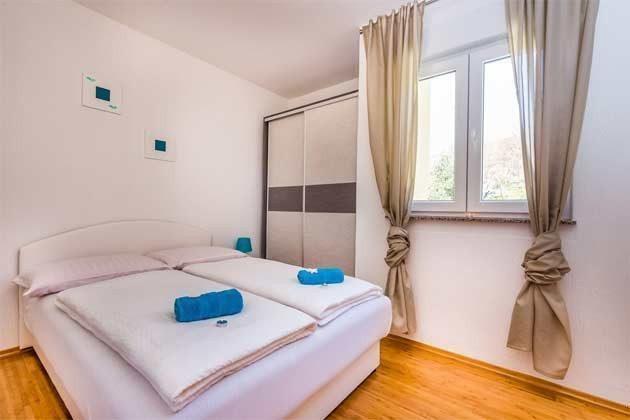 Schlafzimmer 2  - Bild 1 - Objekt 165117-6