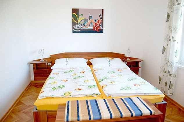 Ferienwohnung OG Schlafzimmer 1