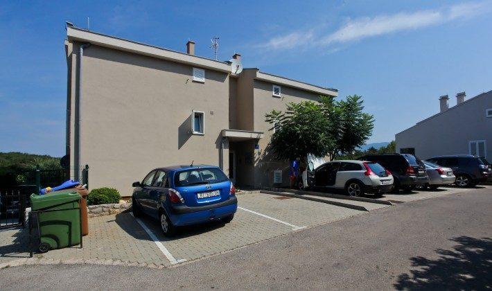 Parkplätze vor dem Haus - Objekt 211397-1