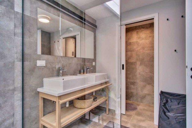 Duschbad auf halber Höhe zum 1. Stock - Bild 3 - Objekt 226904-1