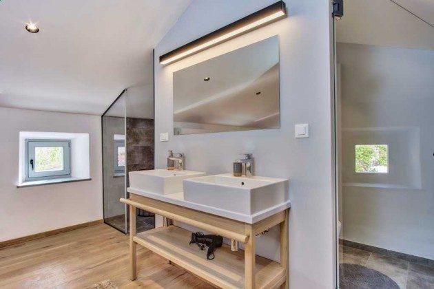 Duschbad im Obergeschoss - Bild 2 - Objekt 226904-1
