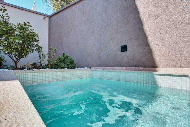 Whirlpool - Terrasse - Bild 1- Objekt 226904-1