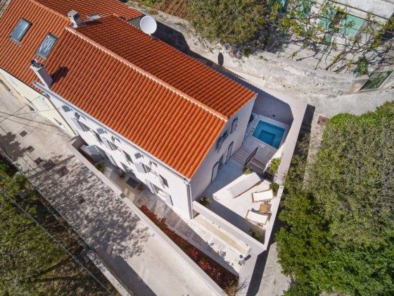 das Ferienhaus Sonnenterrasse und Poolterrasse - Objekt 226904-1
