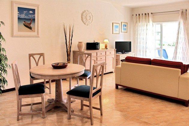 Ferienwohnung Quinta da Caldeira T2B - Wohn-Essbereich