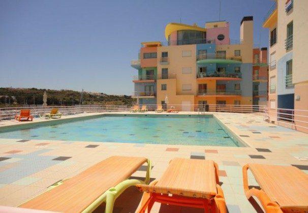 Pool und Blick  Algarve Albufeira T2 Ferienwohnung Ref: 124113-55