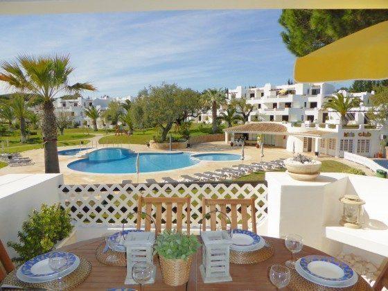 Blick zum Pool Vilamoura T2 Ferienwohnung Ref: 124113-56