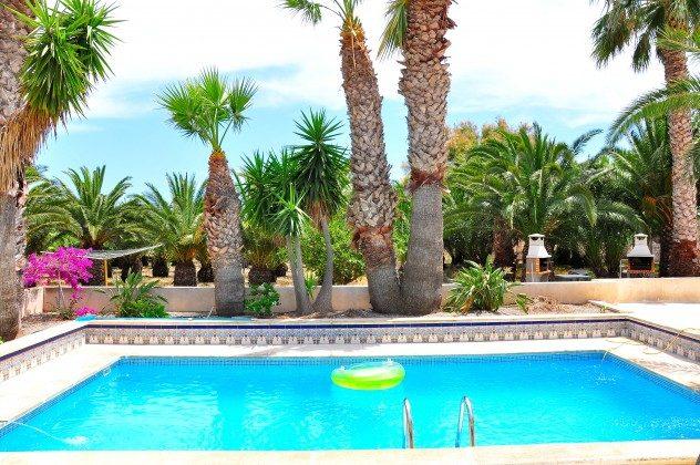 Terrasse, Pool und BBQ