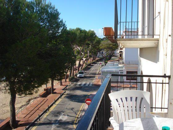 140331-8-bonet-2-balkon-blick-strasse