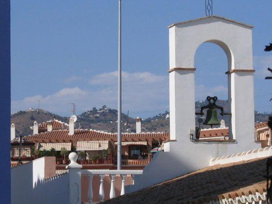kleine Strandkapelle an der Promenade von Mezquitilla