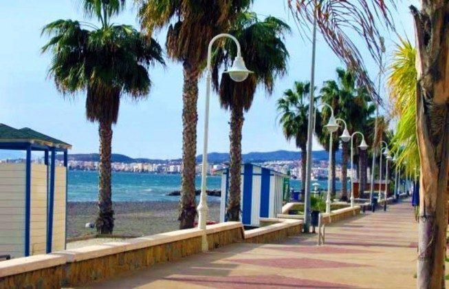lange Strandpromenade 100 m vom Apartment