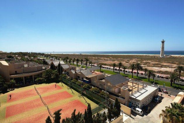 FUE 110068-52 phantastischer Blick auf den Strand und Leuchtturm von Morro Jable