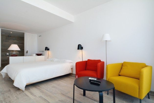 FUE 110068-52 Schlafzimmer mit Badezimmer en suite