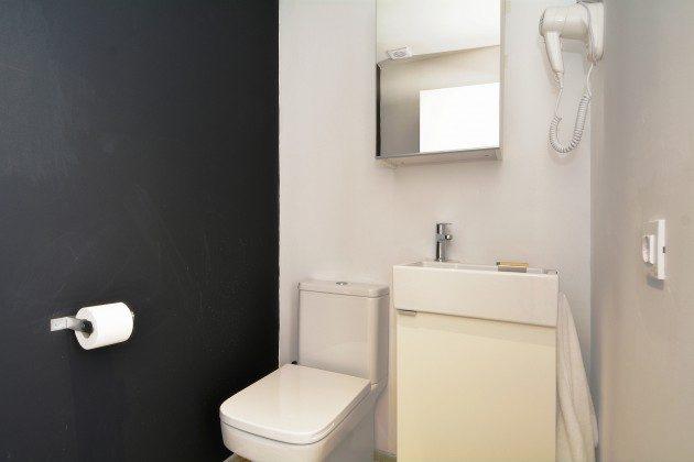 FUE 110068-52 Badezimmer