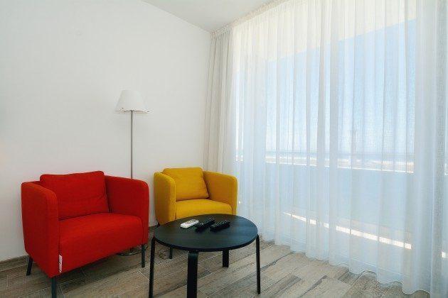 FUE 110068-52 Sitzmöbel im Schlafzimmer