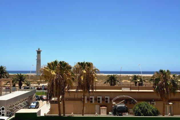 FUE 110068-53 Ausblick auf den Leuchtturm