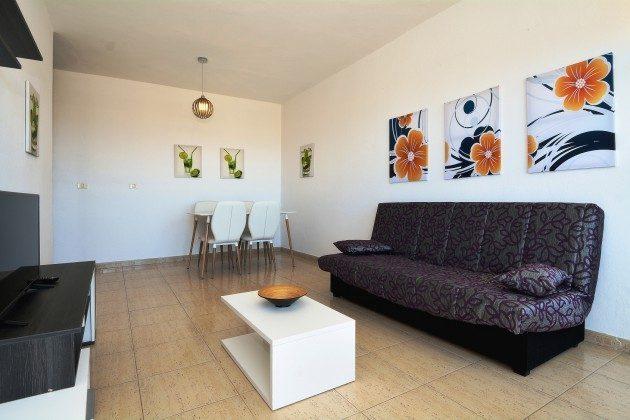 FUE 110068-54 Wohnzimmer mit Essplatz