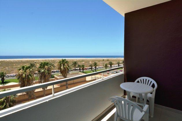 FUE 110068-55 möblierter Balkon mit Meerblick