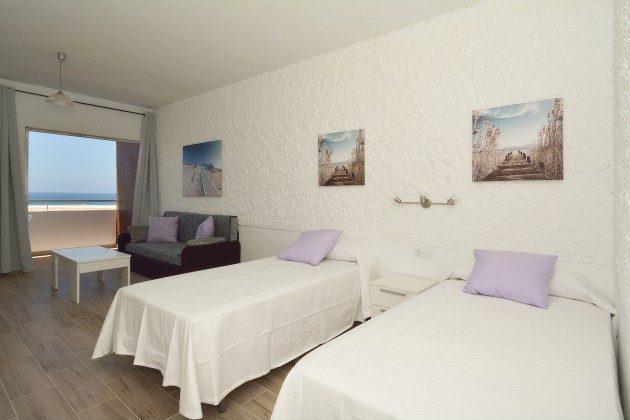 FUE 110068-56 Wohnbeispiel Schlafbereich mit zwei Einzelbetten