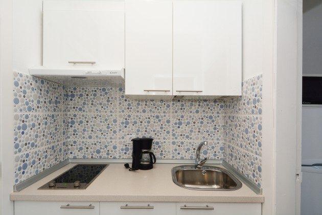 FUE 110068-56 Wohnbeispiel kleine Küche
