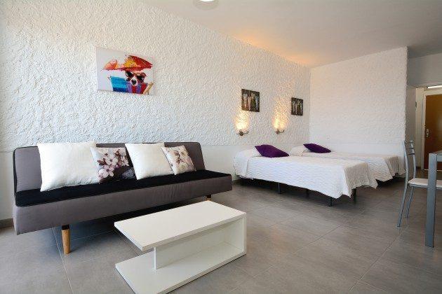 FUE 110068-58 Wohn-/Schlafraum der Wohnung