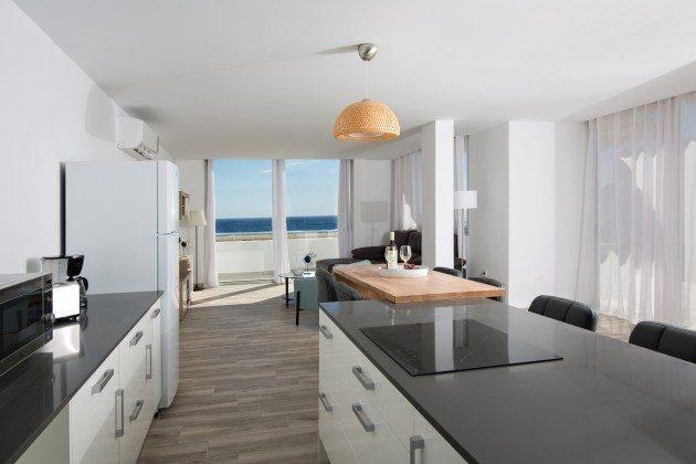 FUE 110068-86 gut ausgestattete Küchenzeile
