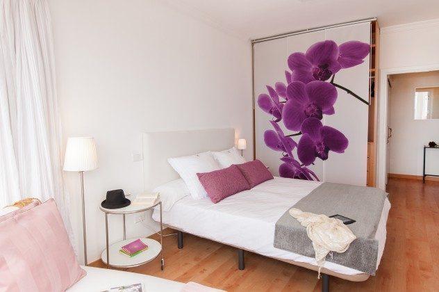 GC 164835-19 Schlafzimmer mit Doppelbett