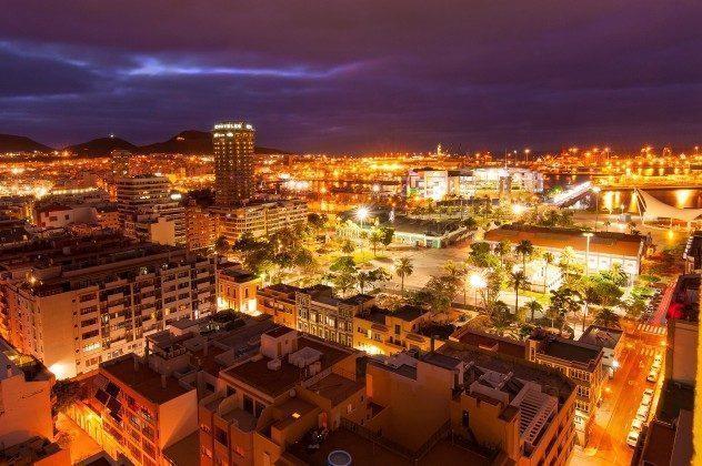 GC 164835-19 Las Palmas bei Nacht