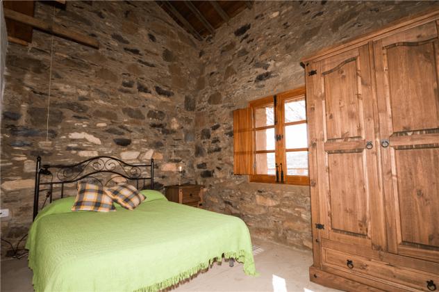 GC 2584-55 Schlafzimmer mit Doppelbett
