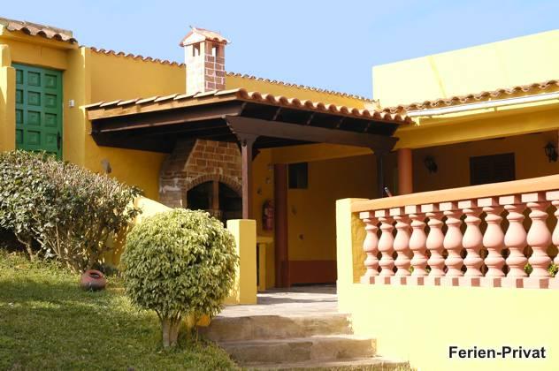 überdachter Vorbau/Terrasse