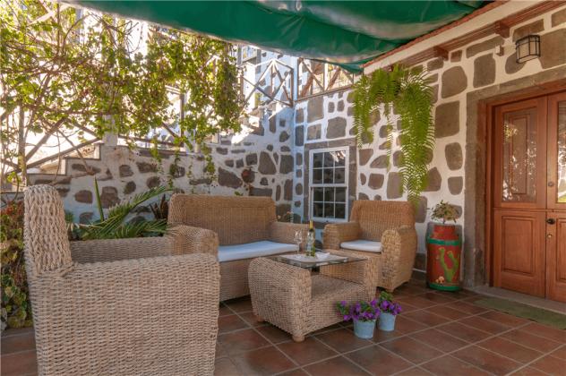GC 2584-66 Wohnbeispiel überdachte Terrasse