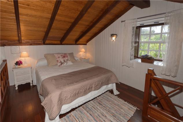 GC 2584-66 Wohnbeispiel Schlafzimmer mit Doppelbett