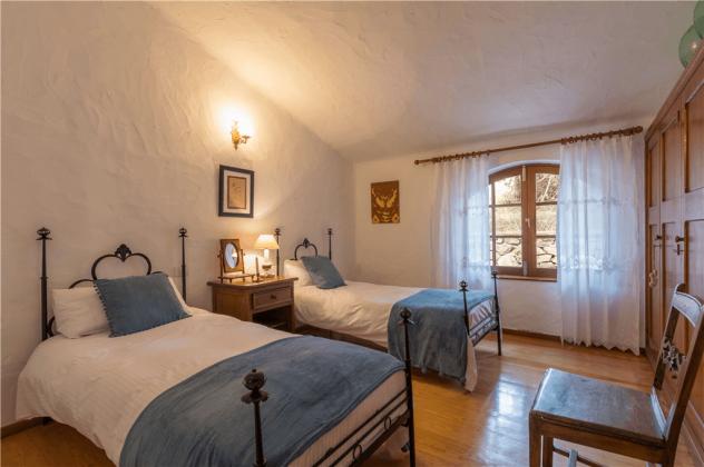 GC 2584-92 Schlafzimmer mit Einzelbetten